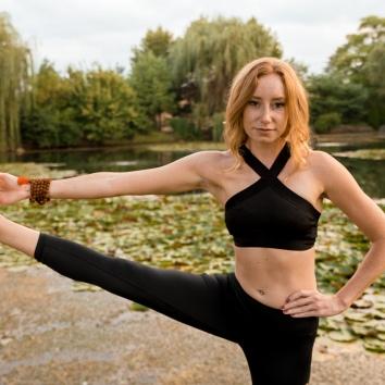 Colleen Yoga-17