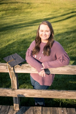 Anna Graduation SM-7